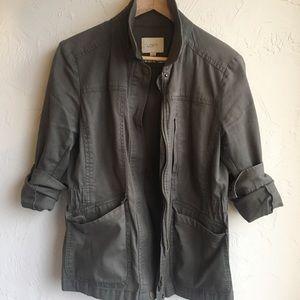 Cargo / utility jacket.
